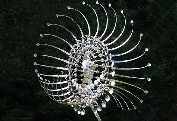 Kinetisk kunst skulptur